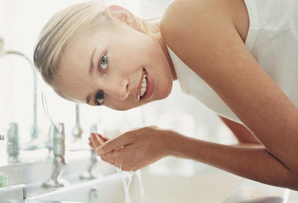 washing_face
